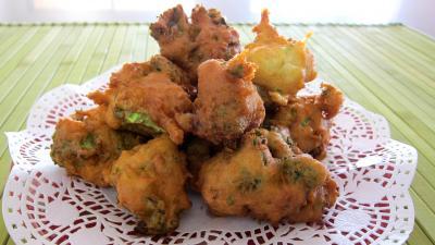 Beignets de brocolis au ch vre frais recette entr es - Cuisiner des brocolis frais ...