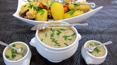 consomm aux abatis de volaille recette soupes potages supertoinette. Black Bedroom Furniture Sets. Home Design Ideas