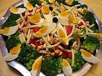 أنواع السلاطات با الصور salade-de-pates-aux-brocolis-58230.jpg