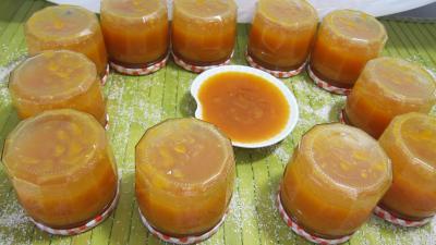confiture d 39 abricots au parfum de noix de coco supertoinette la cuisine facile. Black Bedroom Furniture Sets. Home Design Ideas