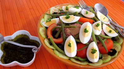 Cuisine proven ale supertoinette la recette du succ s for Salade pour accompagner poisson