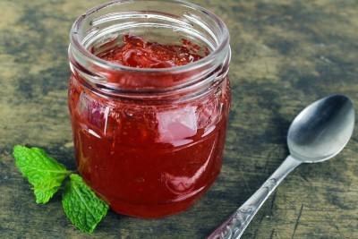confiture de fraise moisie