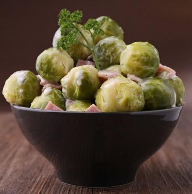 Choux De Bruxelles A La Creme Et Aux Lardons Recette Legumes
