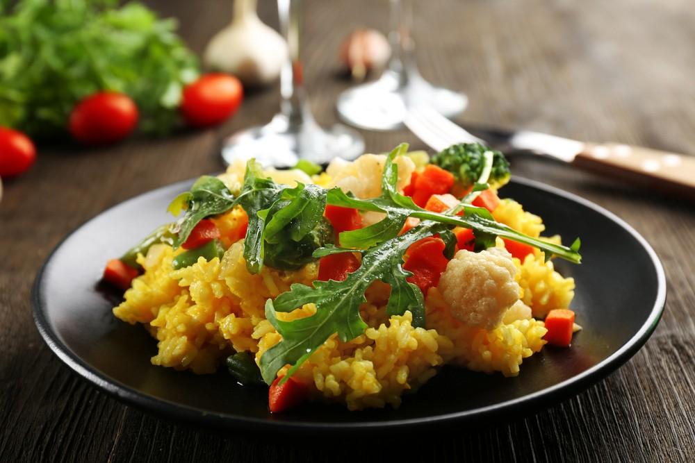 Le poulet en 15 recettes faciles risotto au curry et poulet grill recette supertoinette - Comment faire du poulet grille ...