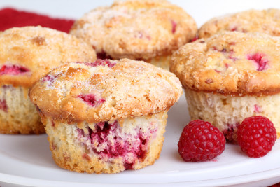 Muffins Aux Framboises Et Chocolat Blanc Recette Desserts