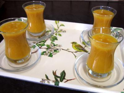boisson la mangue et au gingembre recette boissons supertoinette. Black Bedroom Furniture Sets. Home Design Ideas