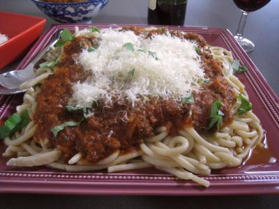 p tes spaghettis la bolognaise recette p tes alimentaires supertoinette. Black Bedroom Furniture Sets. Home Design Ideas